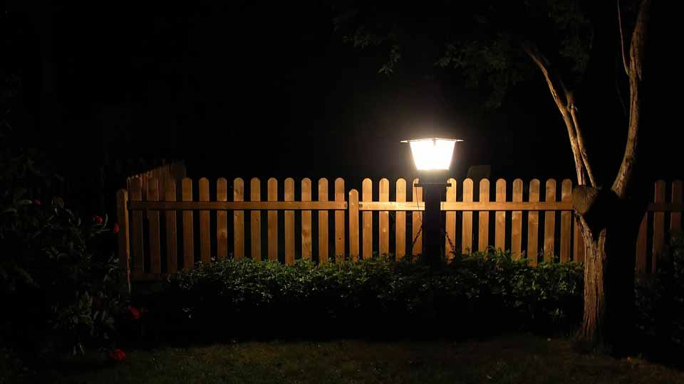 Verselec - Electricians Liverpool - Outdoor Lighting - Garden Lighting - Decking Lighting