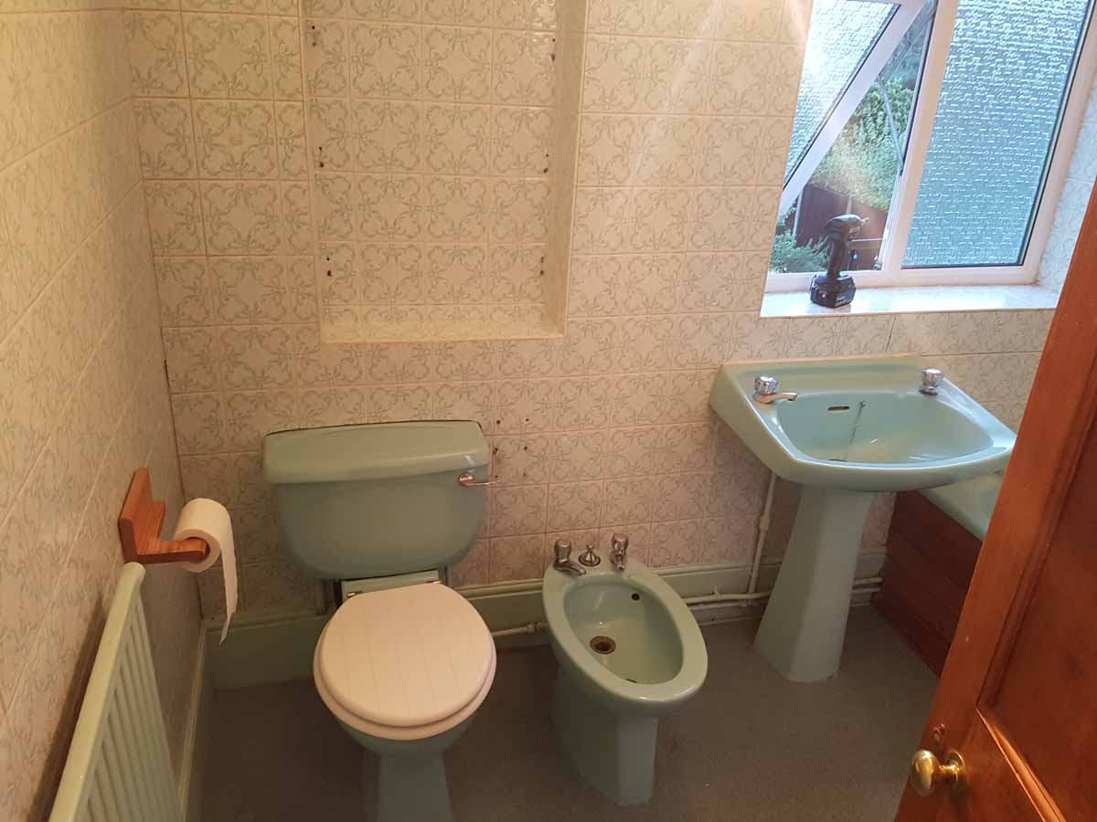 Verselec - Plumbers Liverpool - Bathroom Refurbishment Halewood, L26